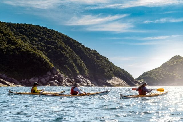 OBI BRASIL Kayaking sunny day