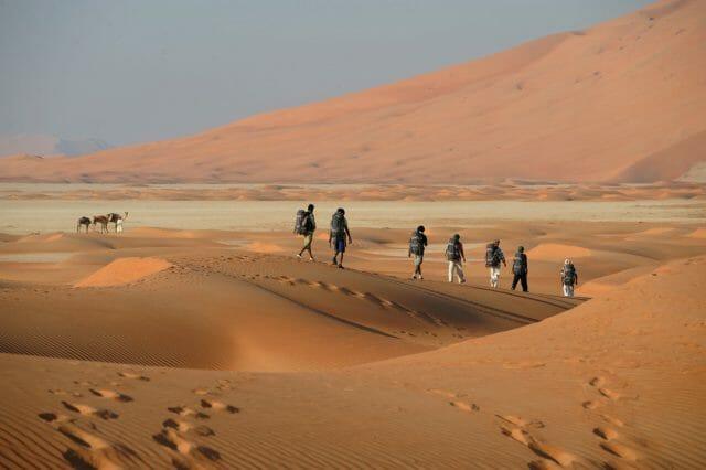 OB-OMAN-Desert-Hiking